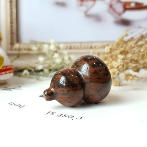 红曜石葫芦雕刻品