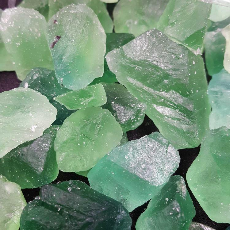 绿萤石碎石