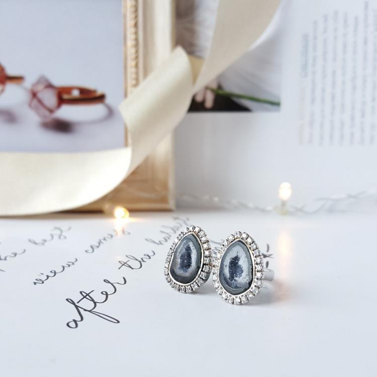 墨西哥玛瑙双洞戒指