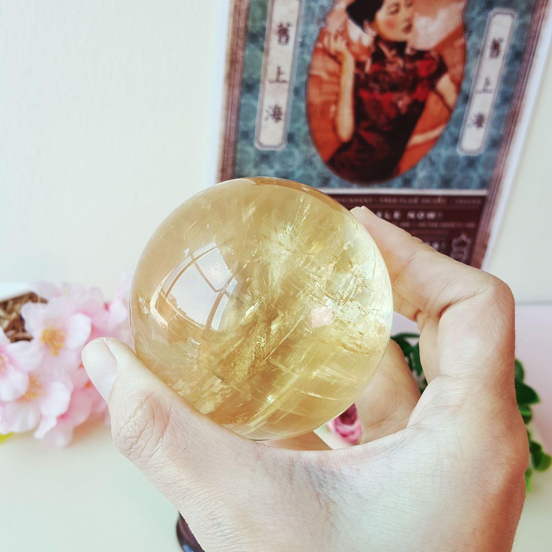 67mm 彩虹黄方解石球
